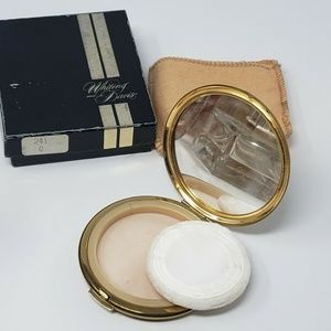 Vintage Whiting & Davis Women's Gold Tone Compact